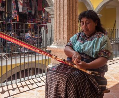 Weaver in San Antonia Aguas Calientes