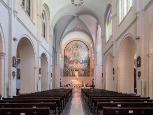 Casco Viejo - The wonderfully air-conditioned Iglesia San Francisco de Asis